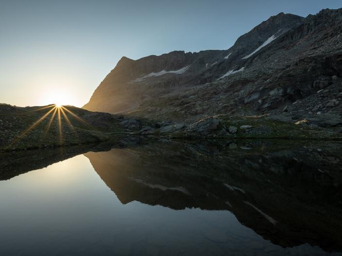 Lever de soleil depuis les Lacs Giaset (Mont-Cenis)