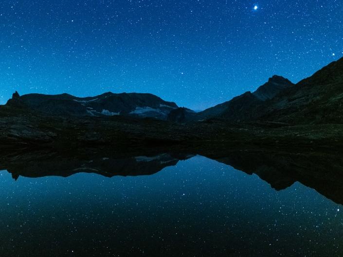 Voie lactée depuis le lac noir