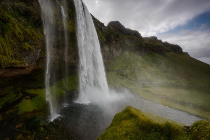 Cascade de Seljalandsfoss en Islande