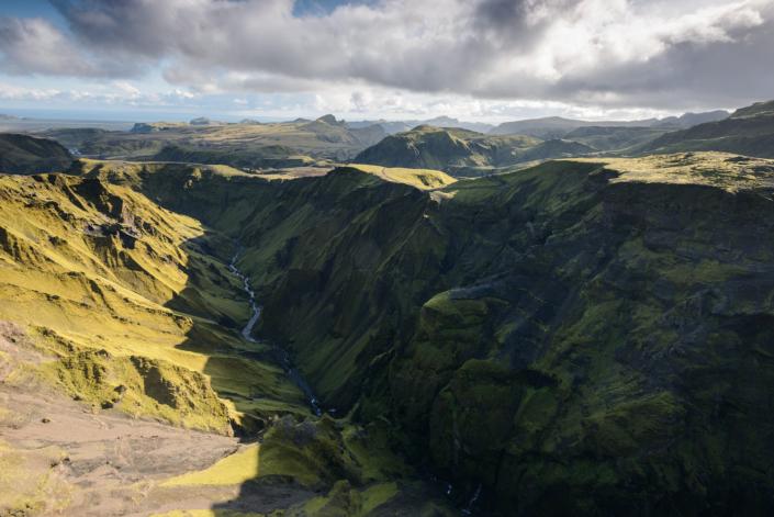Sur le sentier près de Thakgil en Islande