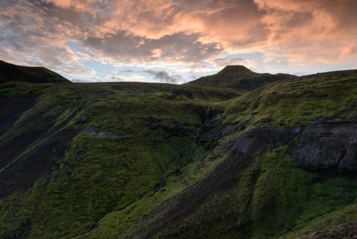 Coucher de soleil près de Thakgil en Islande